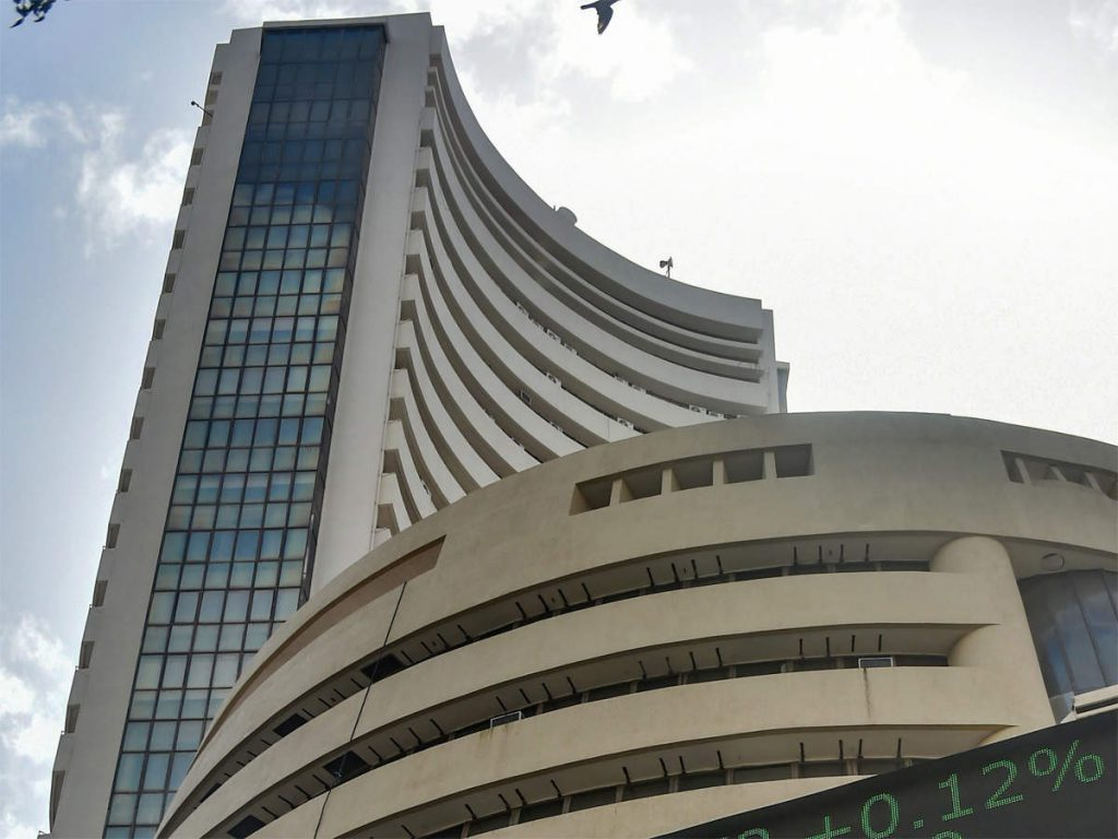 Stocks To Watch: Tech Mahindra, HDFC Life Insurance, SBI Cards and Payment